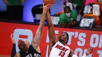 Pertandingan gim kedua final wilayah timur Playoff NBA 2020 yang mempertemukan Boston Celtics versus Miami Heat, Jumat (18/9/2020) pagi WIB. (Kevin C. Cox / GETTY IMAGES NORTH AMERICA / Getty Images via AFP)