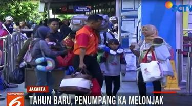 Menurut pengelola Stasiun Senen, pemudik tujuan Jawa Barat, Jawa Tengah, dan Jawa Timur, meningkat 20 persen.