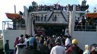 Manajeman PT ASDP Indonesia Ferry mengemban tugas berat dari Menteri Badan Usaha Milik Negara (BUMN) Dahlan Iskan.