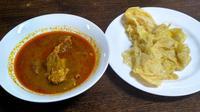 Ingin merasakan salah satu masakan Aceh? Yuk kita ke Pasar Minggu untuk mencoba roti canai.