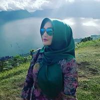 Rumah tangga Eddies Adelia akhirnya berakhir di Pengadilan Agama Bekasi. Hal itu dikatakan oleh artis yang kini kembali ke dunia entertainment agar tidak terjadi fitnah melalui sambungan telepon. (Instagram/eddiesadellia)