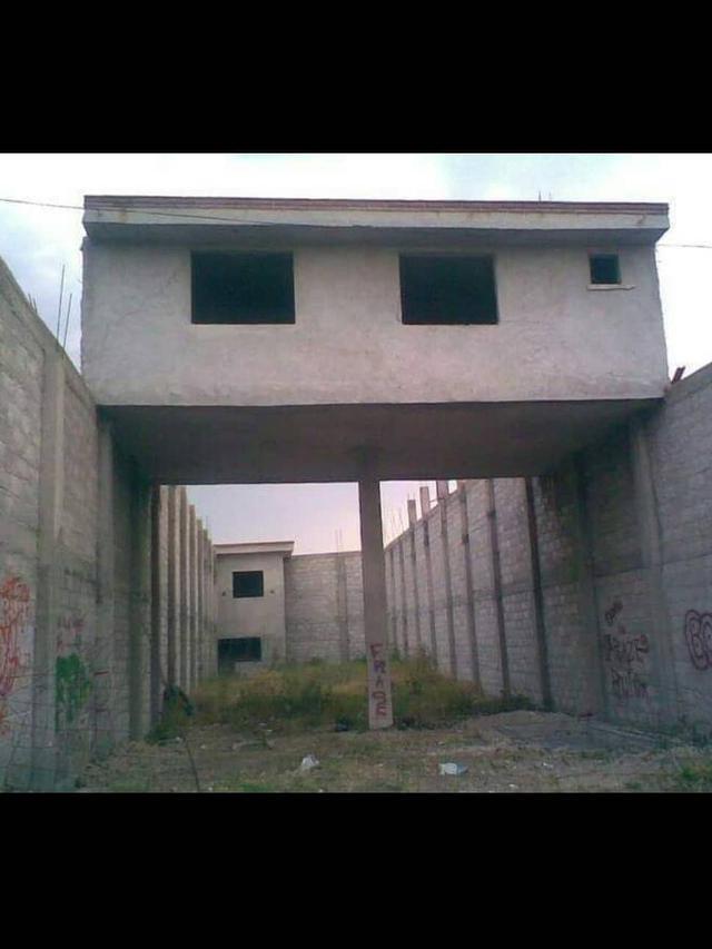 7 Foto Bangunan Yang Bikin Takut Untuk Di Kunjungin