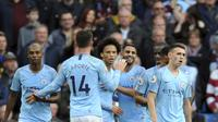 Para pemain Manchester City merayakan gol Leroy Sane ke gawang Burnley pada pekan kesembilan Liga Inggris 2018-19, Sabtu (20/10/2018). (AP Photo/Rui Vieira)
