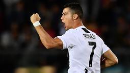 2. Cristiano Ronaldo (Juventus) - 7 Gol (1 Penalti). (AFP/Marco Bertorello)