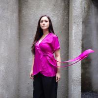 Maia Estianty mengungkapkan perasaan dukanya soal bom Gereja di Surabaya. Tak lupa ia pun berdoa untuk para korban dan juga Indonesia. (instagram/maiaestiantyreal)