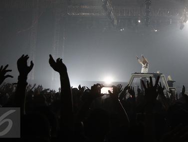 Konser Armin van Buuren