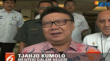 Tjahjo Kumolo meminta kepada kepala daerah agar berkoordinasi dengan aparat ditingkat paling bawah.