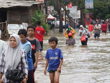 Banjir Mulai Surut, Jalan Penghubung Jakarta-Tangerang Sudah Bisa Dilintasi