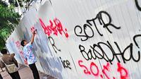 Kegiatan sejumlah para remaja Sahur On The Road (SOTR) banyak meresahkan sejumlah orang. Selasa (22/7/14) (Liputan6.com/Faizal Fanani)