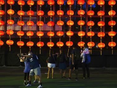 Melihat Festival Pertengahan Musim Gugur di Hong Kong