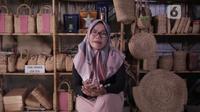 "Pengusaha UMKM, Ieko Damayanti pemilik CV Sahabat Alam handycraft dengan merek ""Ratu Eceng"". Istimewa"