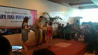 Gubernur DKI Jakarta Basuki Tjahaja Purnama menutup peringatan Hari Down Syndrome Sedunia di Gedung Blok G Balaikota Jakarta.