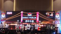 Ishak Mekki-Yudha Pratomo memaparkan visi misinya dalam Debat Publik Pilkada 2018 (Liputan6.com / Nefri Inge)
