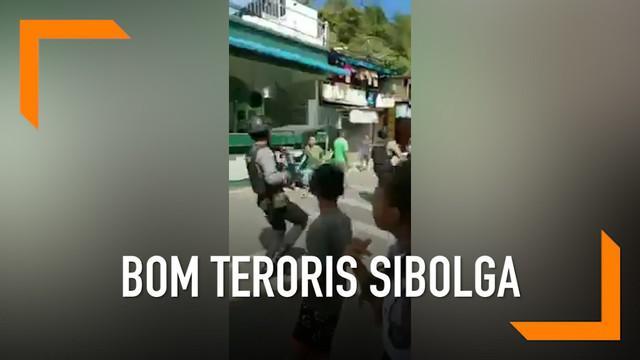 Sebuah ledakan diduga bom terjadi di Sibolga, Sumatera usai tim Densus 88 Antiteror Polri menangkap terduga pelaku terorisme.