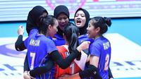 Timnas putri Indonesia saat menghadapi Tiongkok pada laga perdana Pul D Kejuaraan Bola Voli Putri Asia ke-20 di Jamsil Indoor Gymnasium, Seoul, Korea Selatan, Senin (19/8/2019). (foto: PBVSI)