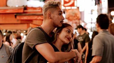 6 Potret Seru Siti Badriah Liburan ke Jepang dengan Suami