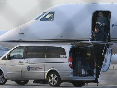 Naik Jet Pribadi, Ayah Lionel Messi Terbang ke Barcelona Bahas Nasib Anaknya