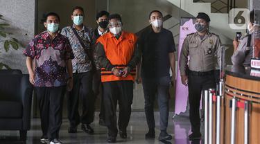 FOTO: KPK Resmi Tahan Wali Kota Tanjung Balai