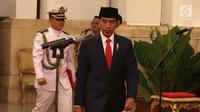 Wakil Gubernur Kepulauan Riau (Kepri) Isdianto usai dilantik oleh Presiden Joko Widodo atau Jokowi di Istana Negara, Jakarta, Selasa (27/3). Isdianto dilantik sesuai Kepres RI Nomor 44 P 2018. (Liputan6.com/Angga Yuniar)