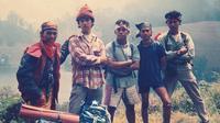 Potret lawas Ahmad Dhani naik gunung (Sumber: Instagram/ahmaddhaniofficial)