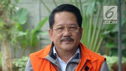Pemilik PT Jasa Promix Nusantara dan PT Secilia Putri, Sibron Azis tiba di Gedung KPK, Jakarta, Senin (18/3). Sibron Azis diperiksa terkait dugaan suap terhadap Bupati Mesuji Khamami. (merdeka.com/Dwi Narwoko)