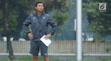 PSSI memperpanjang kontrak Luis Milla sebagai pelatih Timnas Indonesia. Luis Milla mendapat tugas membantu timnas meraih prestasi di Piala AFF 2018.