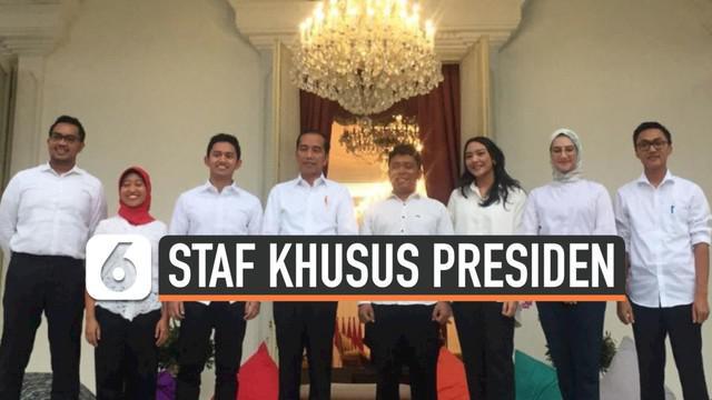 Presiden Joko Widodo atau Jokowi mengumumkan nama-nama staf khusus yang akan membantunya selama lima tahun ke depan.