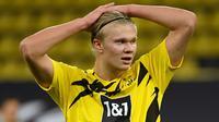 4. Erling Haaland (23 gol) - Pemain bintang Borussia Dortmund ini tampil sangat mengagumkan di kompetisi Liga Jerman dan Liga Champions. Sepanjang tahun 2020, Erling Haaland telah mencetak 23 gol bersama Borussia Dortmund. (AFP/Ina Fassbender/various sources)