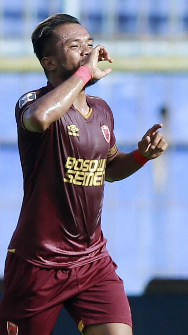 Selebrasi pemain PSM Zulham Zamrun di Piala Menpora 2021 (Bola.com/M Iqbal)