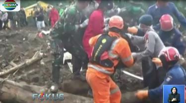 Ketiga jenazah kemudian dibawa ke Pos DVI Polda Sulawesi Selatan untuk diidentifikasi dan dimakamkan.