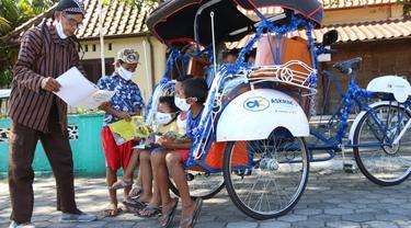 Becak listrik bantuan dari Askrindo untuk penggiat literasi di Yogyakarta
