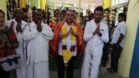 Calon Gubernur Sumatera Utara Edy Rahmayadi memenuhi undangan umat Hindu di Deli Serdang (Liputan6.com/Reza Efendi)