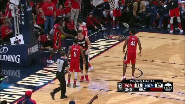 Berita video game recap NBA 2017-2018 antara New Orleans Pelicans melawan Portland Trail Blazers dengan skor 131-123.