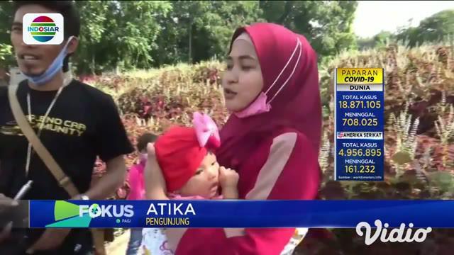 Wisata Alam Gosari, Wagos, di Gresik, Jawa Timur, kini menjadi tujuan wisata baru yang makin ramai pengunjungnya dari berbagai daerah. Para pengunjung betah berlama-lama, karena ingin menikmati warna-warni taman bunga dan kincir angin.