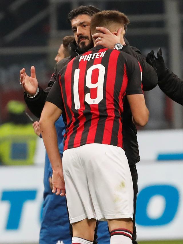 Penyerang AC Milan, Krzysztof Piatek.