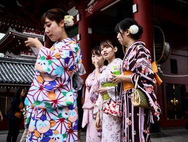 Kimono di Kuil Sensoji