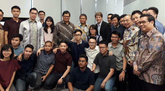 Apple resmi membuka akademi pemrograman di Indonesia, Senin (7/5/2018). Liputan6.com/ Pramita Tristiawati)