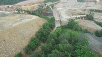 Kementerian Pekerjaan Umum dan Perumahan Rakyat (PUPR) melalui Direktorat Jenderal Sumber Daya Air (Ditjen SDA) membangun satu tampungan air di Kabupaten Blora yang diberi nama Bendungan Randugunting.
