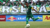 Ruben Sanadi, bek sekaligus kapten Persebaya di Liga 1 2019. (Bola.com/Aditya Wany)