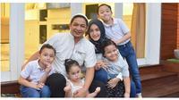 Dituding Jadi Pelakor, Ini 6 Potret Keluarga Adelia dan Pasha yang Harmonis (Sumber: Instagram/adeliapasha)