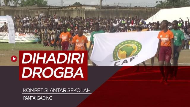 Berita video Legenda Chelsea, Didier Drogba buka kompetisi sepak bola di Afrika bersama Presiden FIFA, Selasa (4/5/21).