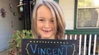 Sumbang Rambutnya Bagi Penderita Kanker, Anak Ini Divonis Kanker  (sumber. Buzzfeed.com)