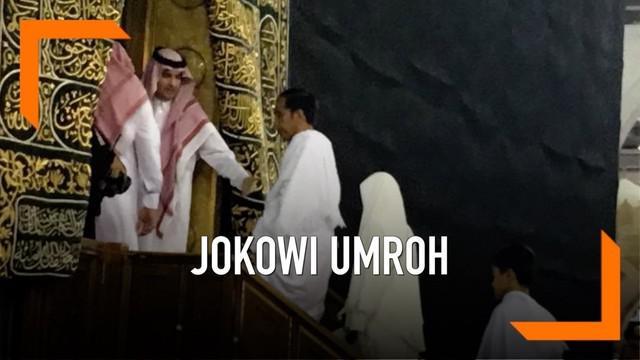 Memasuki minggu tenang Jokowi dan keluarga melaksanakan ibadah umrah. Sebelumnya, Jokowi dan rombongan bertemu dengan Raja Salman dan Putra Mahkota Muhammad bin Salman.