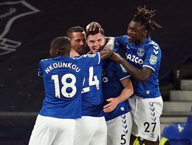 Everton Menang Mudah atas Salford City di Piala Liga Inggris