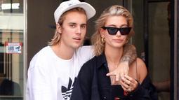 Meski demikian, Justin kini telah memilih Hailey Baldwin sebagai wanita yang akan menjadi pendamping hidupnya. (Footwear News)