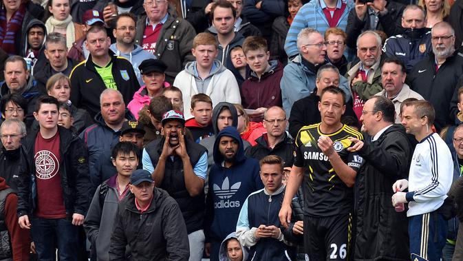 Rafa Benitez ketika menangani Chelsea. (AFP/Paul Ellis)