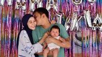 Hanung Bramantyo dan Zaskia Adya Mecca (Instagram/hanungbramantyo)