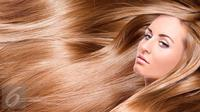 Ternyata Anda bisa mendapatkan rambut indah ala supermodel tanpa styling dengan beberapa trik cerdas berikut. (Foto: iStockphoto)