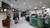 Bangsal Anggrek menjadi ruang isolasi penanganan pasien corona di RSUD dr Moewardi.(Liputan6.com/Fajar Abrori)
