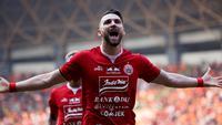 Striker Persija Jakarta, Marko Simic, melakukan selebrasi usai membobol gawang PSS Sleman pada laga Liga 1 2019 di Stadion Patrioti, Rabu (3/7). (Bola.com/Yoppy Renato)